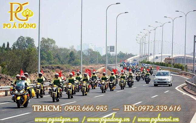 Đoàn xe Roadshow Moto Xông đất đường Cao tốc hiện đại nhất Việt Nam