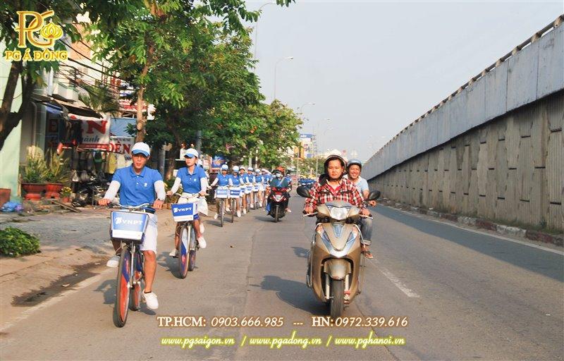 Đoàn roadshow xe đạp nổi bật trên các tuyến đường Củ Chi