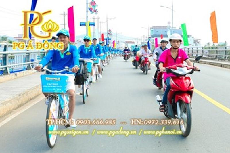 Đoàn roadshow xe đạp tại Bình Dương