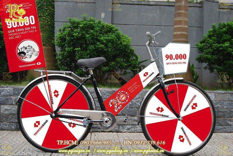 Trang trí roadshow xe đạp ngân hàng Techcombank