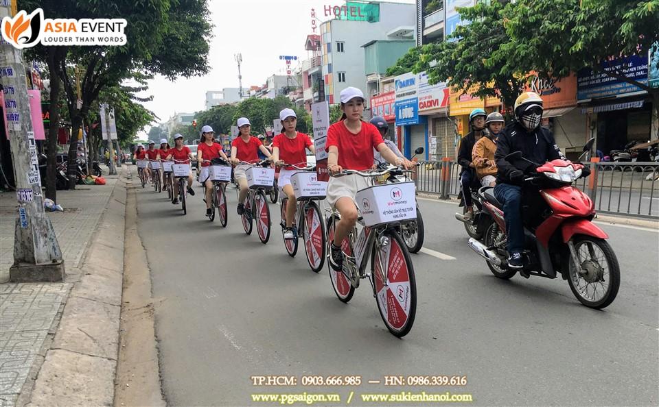 tổ chức roadshow xe đạp Vietmoney